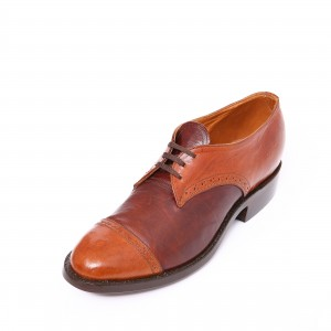 Lace-up Oxford with Spectator Holes
